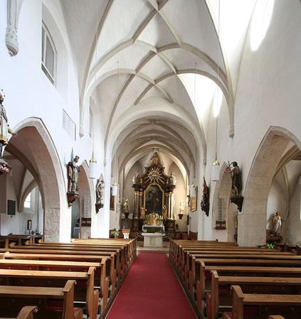 Einblick in die Pfarrkirche von Ober-Grafendorf