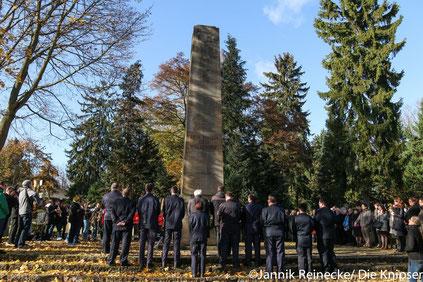 Zum Ende hin rief Thomas Goller zur Schweigeminute auf, um den Kriegsopfern zu gedenken.
