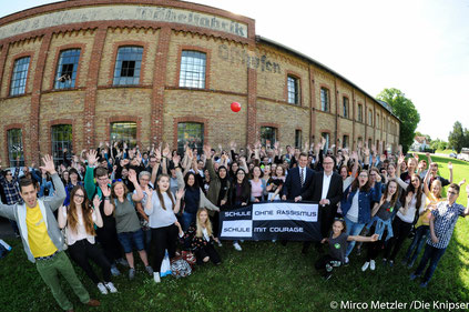 """""""Schulen ohne Rassismus – Schulen mit Courage"""" in der Gedenkstätte KZ Osthofen."""
