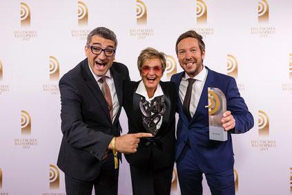 FFH-Gewinner und Laudatorin. Foto: Deutscher Radiopreis 2017