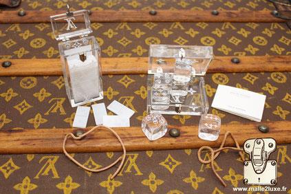 eux de domino et jeux de dés Louis Vuitton  Année : 2006 Cadeau VIP