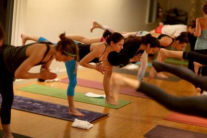 Apúntate a clases grupales o haz ejercicio acompañado