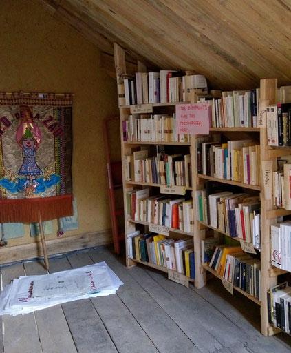 La bibliothèque - La Zad Notre-Dame-des-Landes - Mai 2018