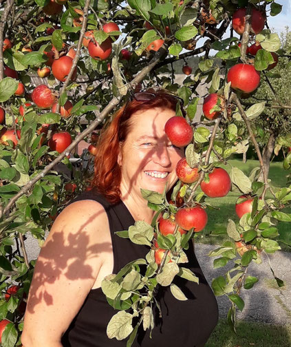 Petra Sandrieser, Kräuterexperte, Ringana-Partner, Kräuterpädagoge, Natur- und Landschaftsführer, Waldpädagoge