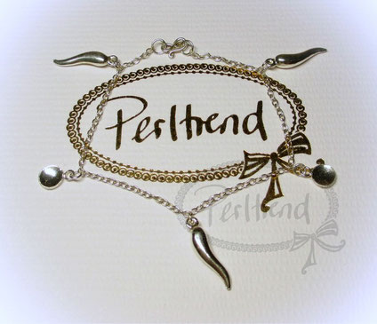 www.perltrend.com Armschmuck Armkette Silber 925 mit Anhänger cute horns luck Glücksbringer Schmuck Jewellery Jewelry Onlineshop Perltrend Luzern Schweiz Silberschmuck