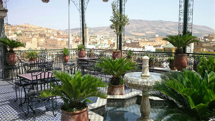 モロッコインテリアが素敵な、モロッコ現地のCafe。青い街シャウエン在住Mikaのブログ