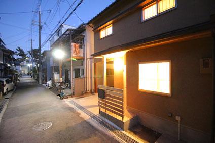 小さな家 木の家 リノベーション 小屋 素材 デザイン 暮らし 中古不動産 スケルトン 耐震 断熱 改修 補助金