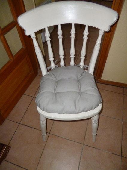 galettes de chaises pour Nicole, sur internet