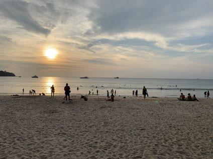 パンタオビーチの夕暮れ時
