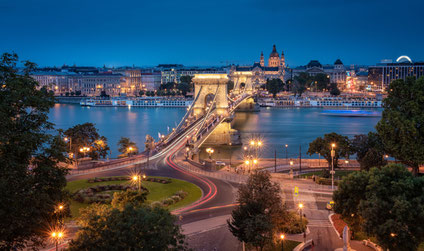 Best things to do in Budapest - Chain Bridge copyright  Botond Horvath