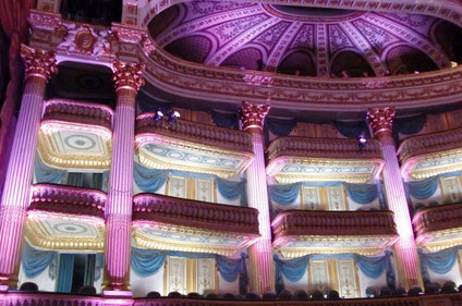 Bordeaux top things to do - Opera House - Copyright Canal-com