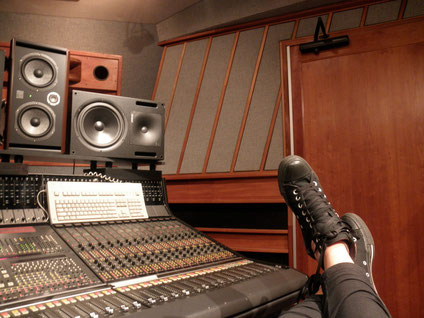 Eastsidesound Studios, New York mixing with Marc Urselli