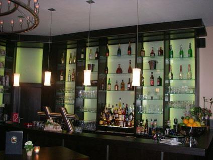 Hotel, Restaurant und Gaststätten Innenausbau, Theken und Tresen in hoher Qualität