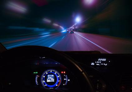 夜のドライブは最高です!