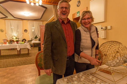 Klaus Albers und Sibylle Pries managen unser Bingo
