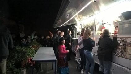 privatisation food truck crêches-sur-saône. food truck avec du boeuf bourguignon et autres plats traditionnels. food truck Mâcon. food truck sou des écoles. Food truck Liberty Saveurs .  food truck Juliénas. sou des écoles