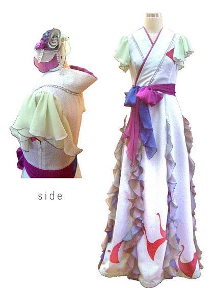 絽から製作した着物風ドレス 瀬生ひろ菜