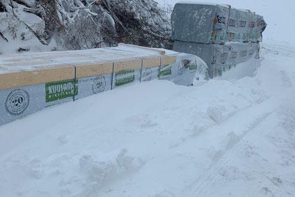 Blockhausbau im Winter - Foto Holzbau Wolfgang Brandt