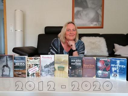Vom Mai 2012 bis zum Mai 2020 sind diese Bücher erschienen, und eines, das fehlt. Wisst ihr, welches?