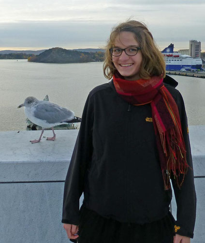 Judith auf dem Dach des Opernhauses in Oslo.