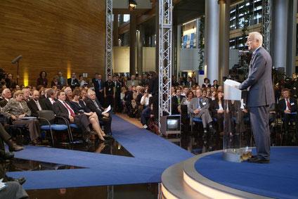 Bild: Foto:Lissy Gröner Straßburg EP Gerhard Schröder Fritz Pleiten WDR ECHO