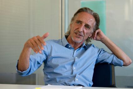 «Ich hätte nie erwartet, dass die Märkte nach diesem faulen Kompromiss in der Griechenland-Frage ein derartiges Kursfeuerwerk einleiten», gesteht Raiffeisen-Ökonom Martin Neff.