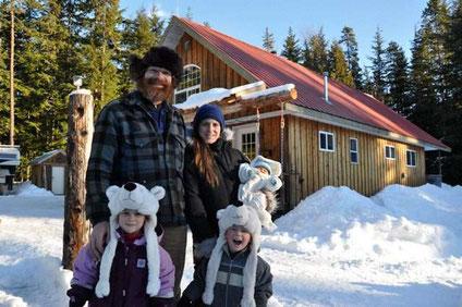 Wer nach Kanada auswandert, wie zum Beispiel die Familie Schönbächler, kann die Quellensteuer auf Vorsorgeldern nicht zurückfordern.