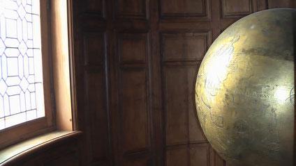 Sphère céleste, Musée National de la Renaissance (photo : A. Lionetto-Hesters).