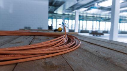 Die Connect Com AG (CCM) in der Schweiz hat die Verkabelung ihrer Firmenzentrale mit Draka-Kabeln der BU Multimedia Solutions (MMS) der Prysmian Group realisiert.