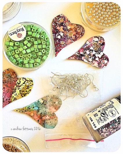 Anhänger, Perlen und Ohrhaken zur Herstellung von Ohrringen
