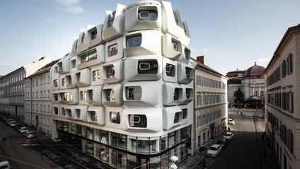 Argos, Gebäude der Architektin Zaha Hadid