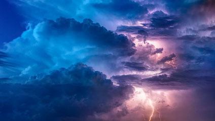 Welche Versicherung zahlt bei Sturmschäden?