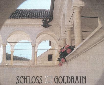 Foto vom Innenhof Schloss Goldrain