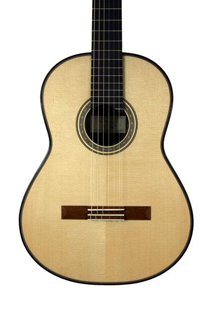 Tino Battiston - classical guitar