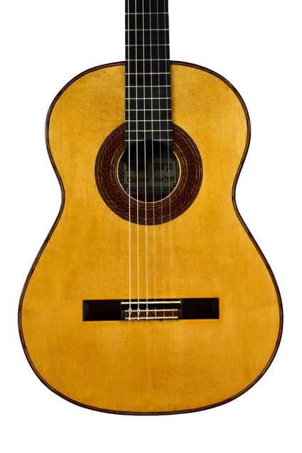 Douglas Sharpe - classical guitar