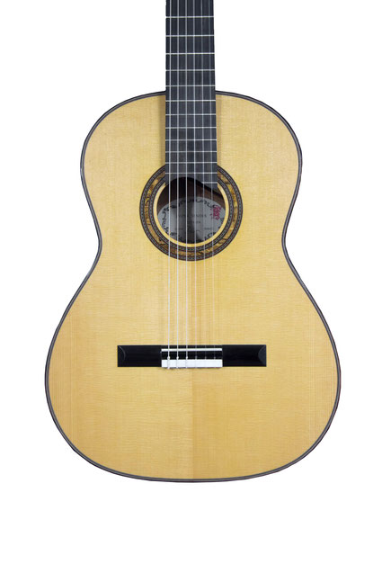 Jasper Sender - classical guitar