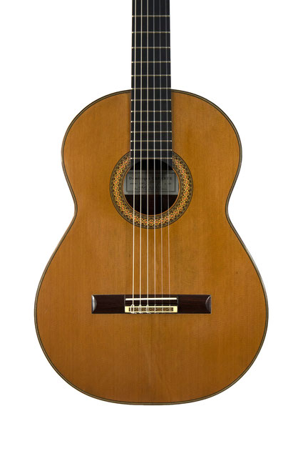Dominique Delarue - classical guitar