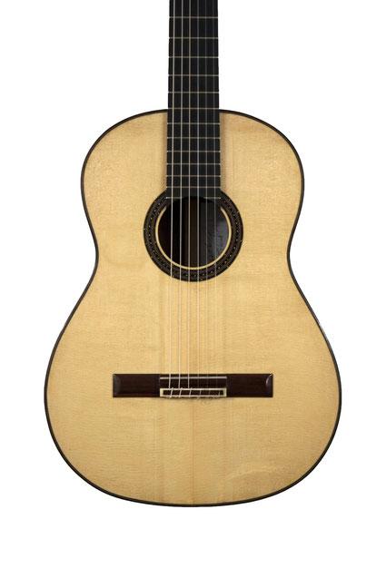 Benoit Zeidler - classical guitar