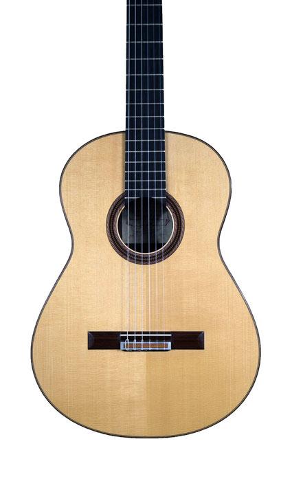 Antonio Raya Ferrer - classical guitar