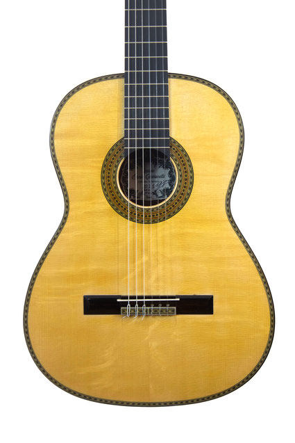 Ennio Giovanetti- classical guitar