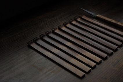 箸に適した肉厚で真っ直ぐな煤竹は貴重