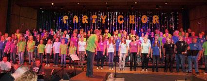 Der Party-Chor in der Stadthalle Sinsheim im Oktober 2013
