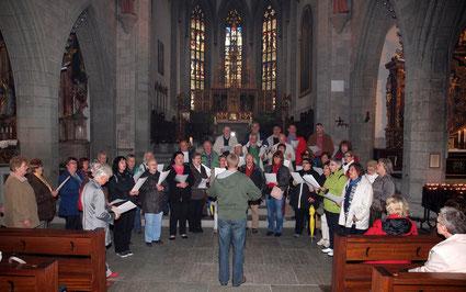 """Das Radolfzeller Münster war ziemlich """"vernebelt"""", hatte aber eine gute Akustik"""