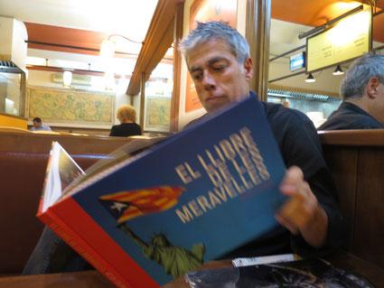 Albert Om. La Taronja (C.Madrazo), 10 de setembre. «Aquest llibre seria una frikada si no fos perquè no és cap frikada»