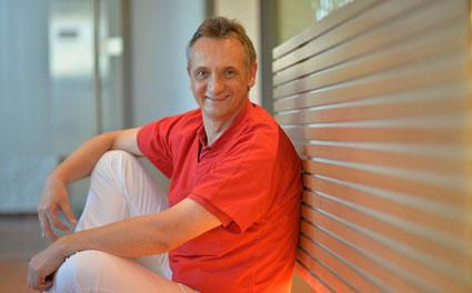 Dr. Christoph Berner, Zahnarzt in Schemmerhofen: Zahnerhaltung und Prophylaxe