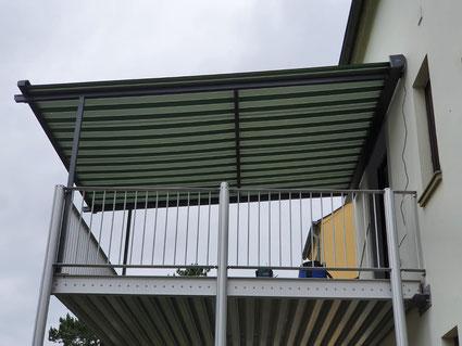 Klaiber Pergolino mit 2 Stützen auf Balkon 3 Etage