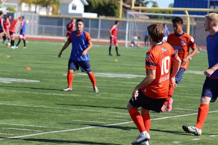 米国サッカープロセレクションの写真 サンディエゴゼストFC