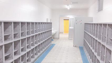 三方原スイミングスクールの更衣室
