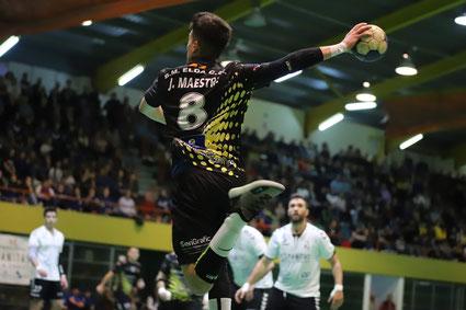 Jorge Maestre, como jugador del BM Elda CEE, en un partido contra el Hispanitas BM Petrer / Foto: Jordi del Puente