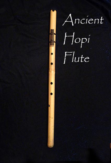 Ancient Hopi Flute - Hopi Flöte